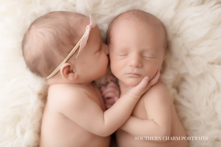 Knoxville tn newborn twins photographer